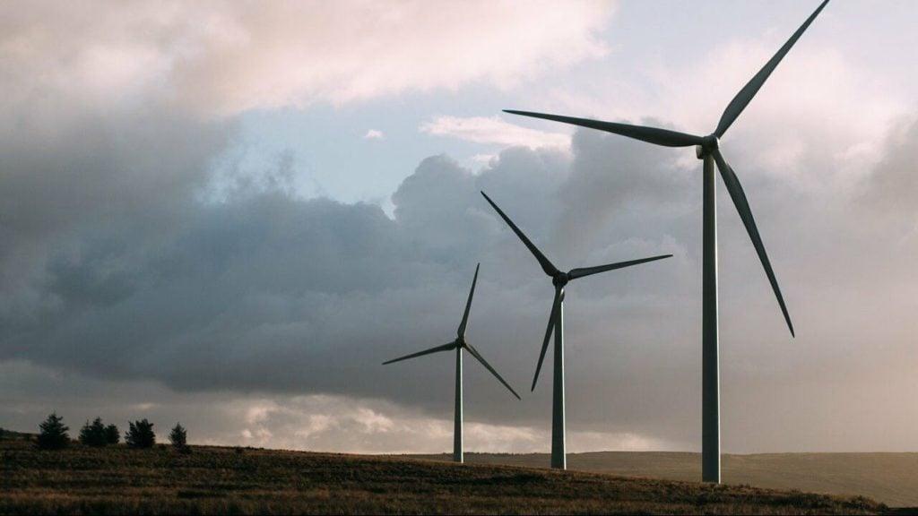 Farma wiatrowa w Żarach osiągnie pełną operacyjność pod koniec roku. Ruszył pierwszy etap budowy 1
