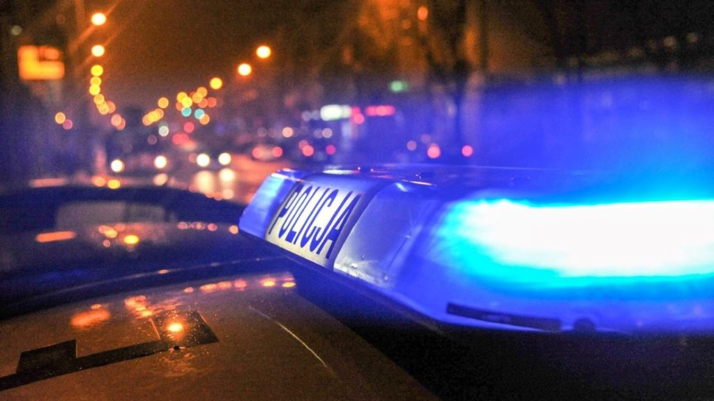 Wypadek na trasie Marszów-Olszyniec. Nie żyje 56-latek, kierowca uciekł