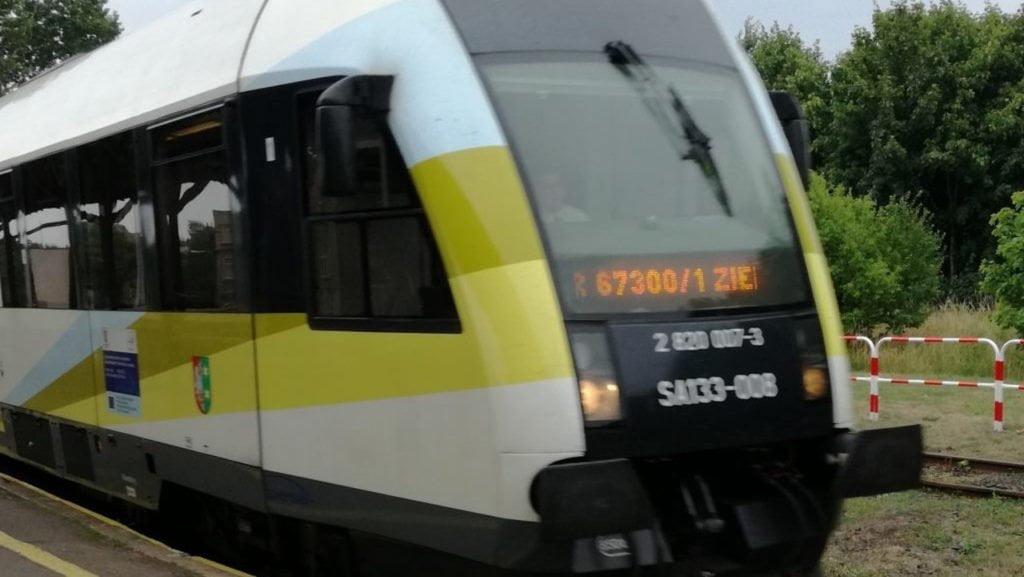 połączeń kolejowych