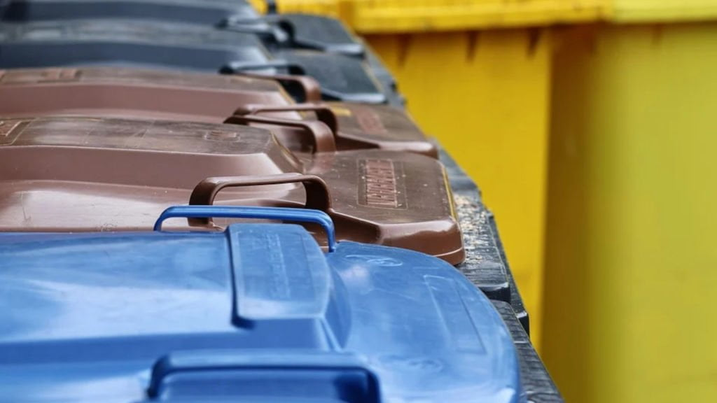 podpalacz pojemników na odpady