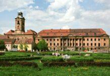 Kompleks zamkowo-pałacowy w Żarach