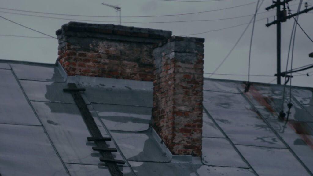 ukrywał się na strychu