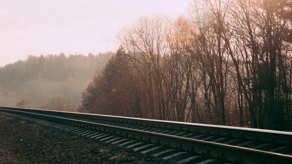 Mniejsze miasta odzyskają dostęp do kolei. 7 lubuskich projektów w II etapie programu Kolej Plus