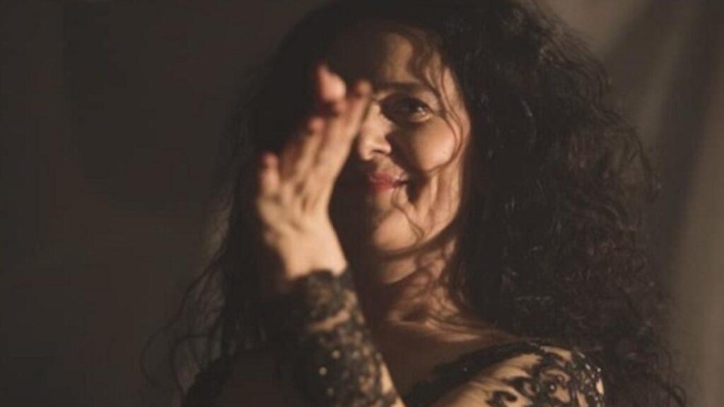 Beata Czernecka, artystka krakowskiego Kabaretu Piwnica pod Baranami i jej działalność w Sieci podczas lockdownu [wywiad]