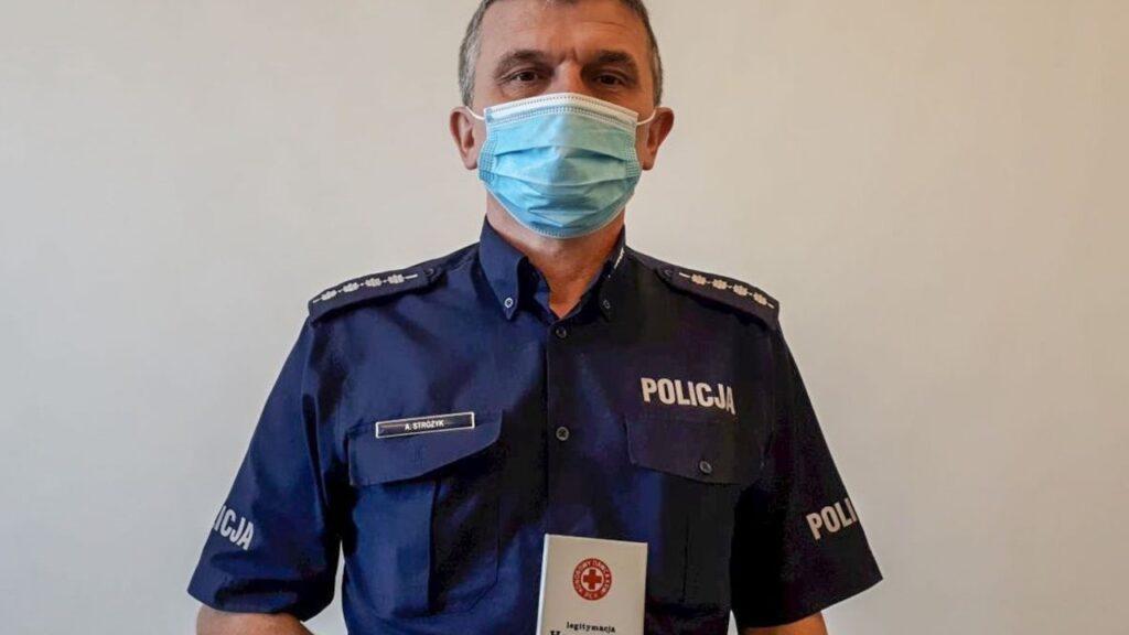 Honorowy dawca krwi od ponad 30 lat. Policjant z Iłowej dzieli się życiem ratując innych
