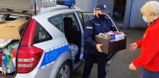 Gorzowscy policjanci przekazali zebrane rzeczy dla potrzebujących