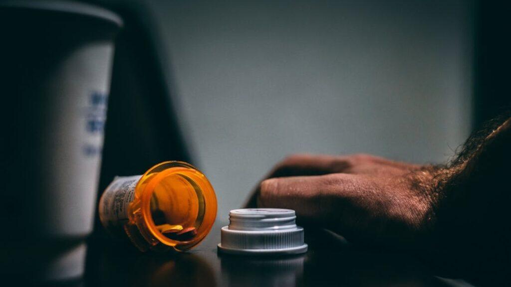 Nieudana próba samobójcza w Iłowej. Desperat zażył leki i popił je alkoholem