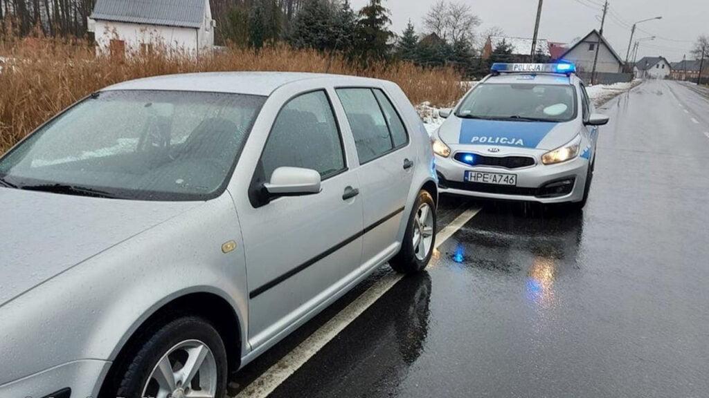 Radnica: Pijany kierowca jechał całą szerokością drogi. Badanie wykazało 2,5 promila
