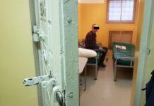 Sprawca kolizji w Zielonej Górze trzeźwiał w policyjnej celi