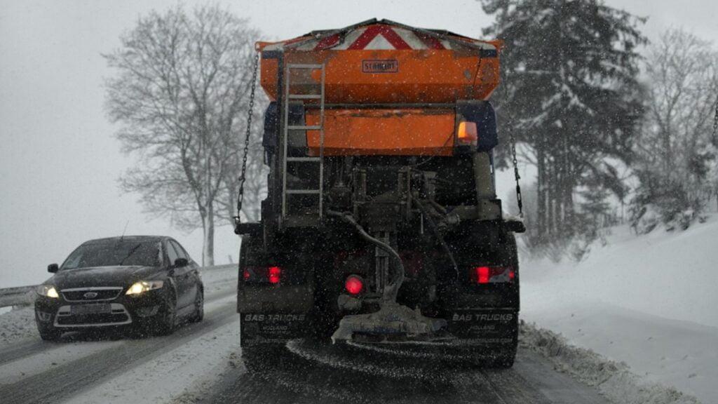 Lubuskie: Drogowcy są przygotowani do zimy. 3 mln zł na zimowe utrzymanie dróg