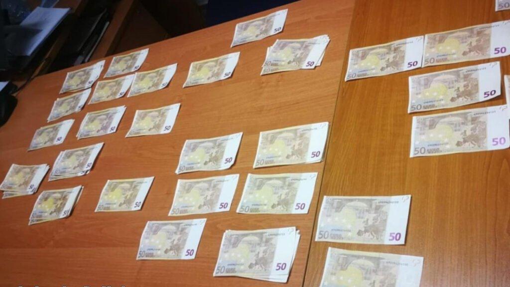 Zapłacił taksówkarzowi fałszywym banknotem. Po zatrzymaniu okazało się, że ma ich więcej
