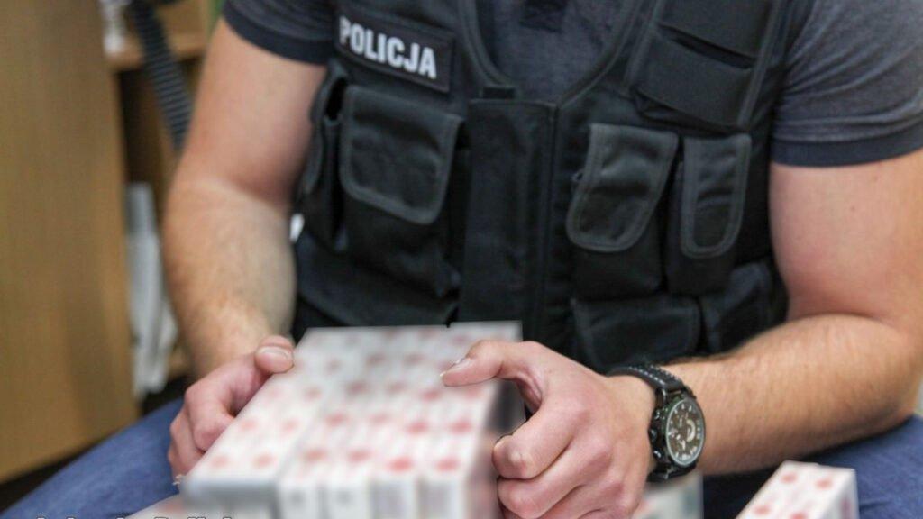 8 osób oskarżonych za udział w zorganizowanej grupie przestępczej przemycającej papierosy do Niemiec