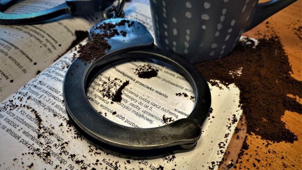 Złodzieje-bariści ukradli kilkadziesiąt paczek kawy