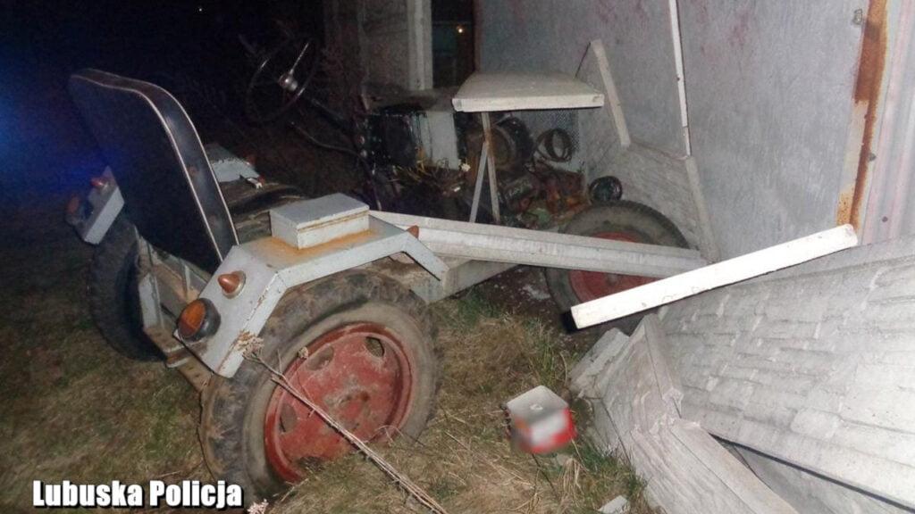 Bobrowice: Samoróbką ciągnika wjechał w płot. Badanie wykazało ponad 2 promile