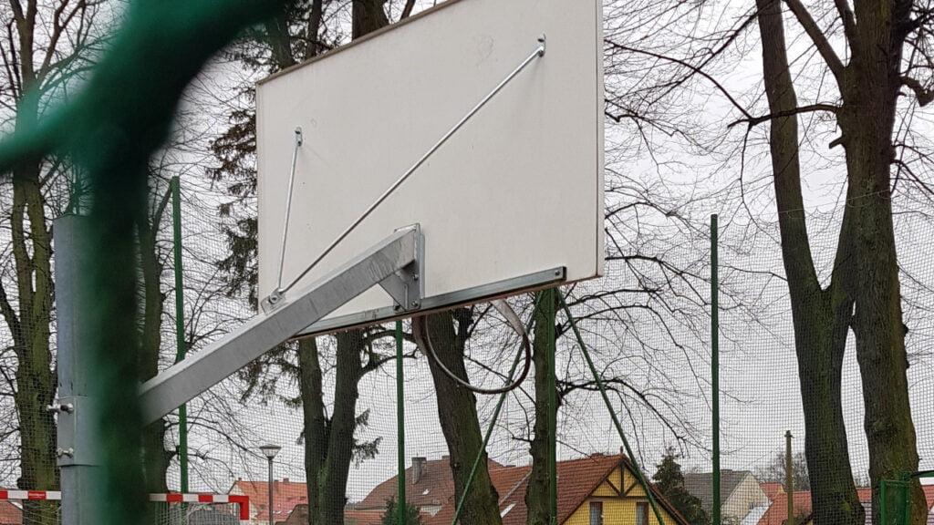 Zdewastowany Park Miejski w Sulęcinie