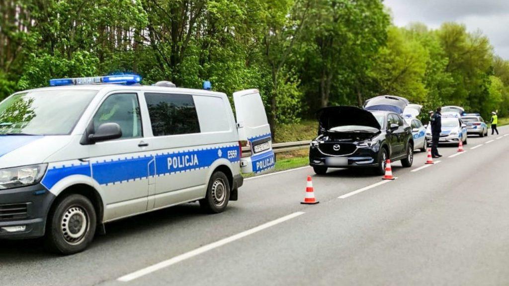 Połupin: Pościg w Dzikowie za kradzioną w Niemczech Mazdą CX5