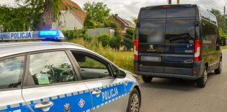 Skradziony na terenie Niemiec Peugeot zatrzymany po pościgu w Radnicy