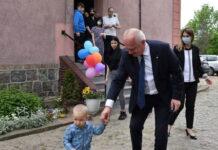 Wojewoda odwiedził Dom Dziecka w Skwierzynie